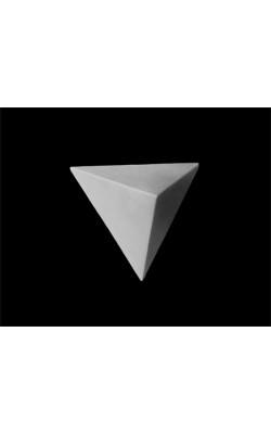 Правильная пирамида, гипс