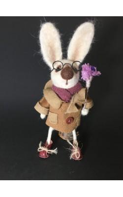 Заяц в очках, сухое валяние